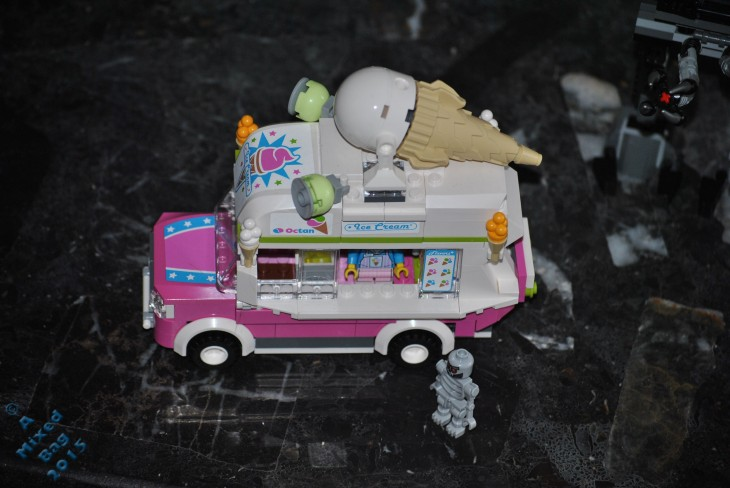 LEGO Ice Cream van